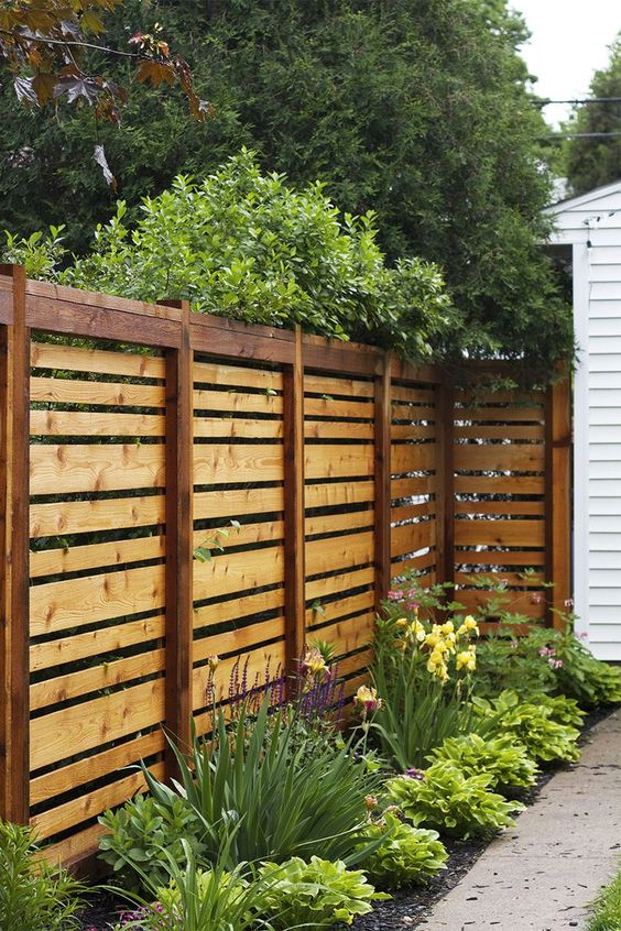 wooden backyard fence - Wall Fencing Designs