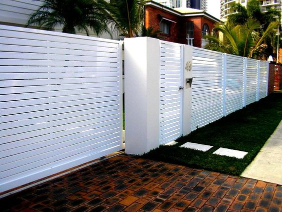 white horizontal slat fence