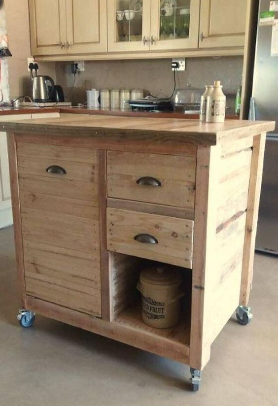 pallet kitchen island with wheels