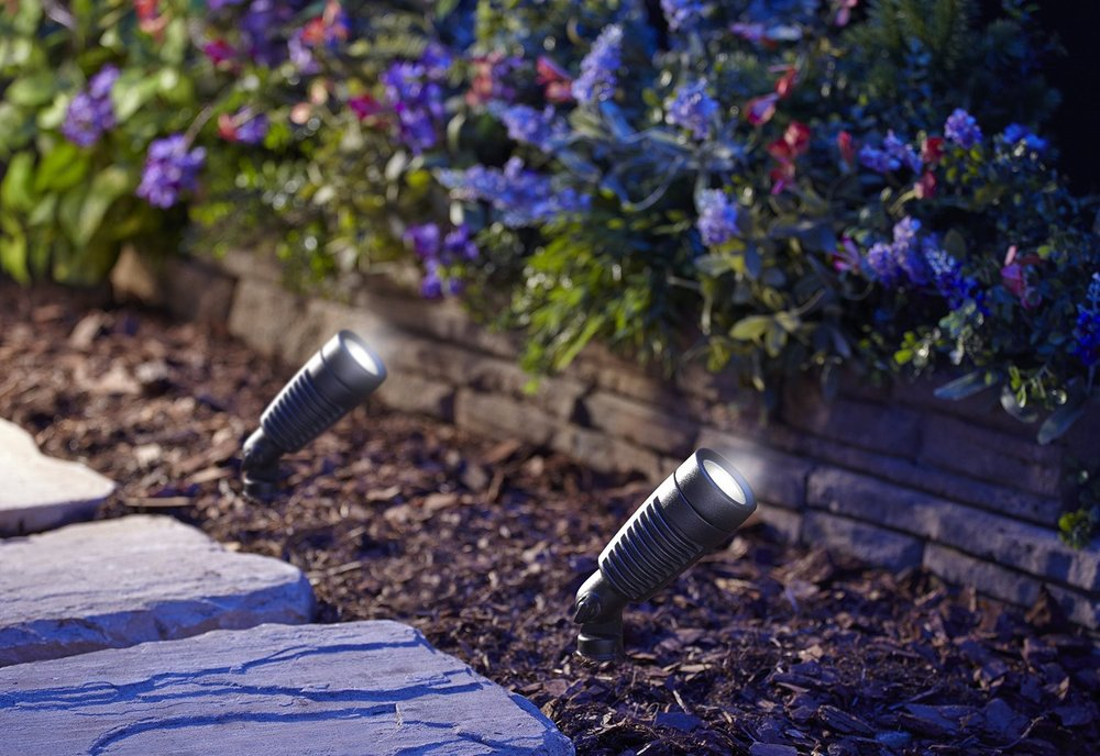 landscape outdoor spot lights