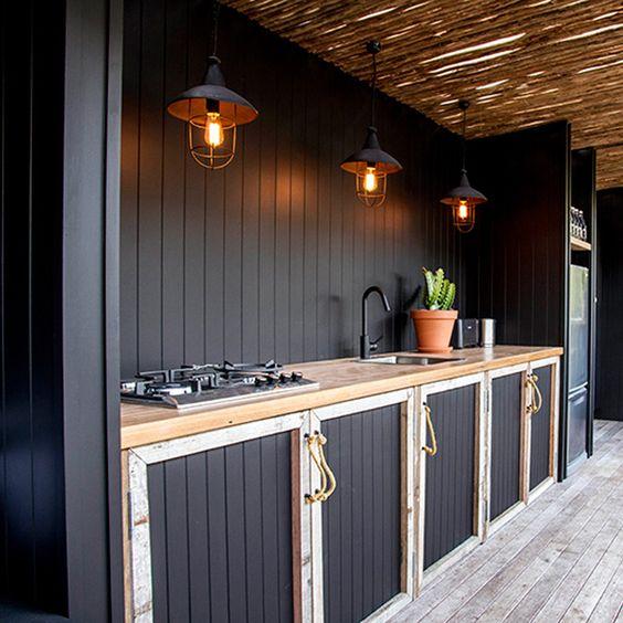 maritine black outdoor kitchen