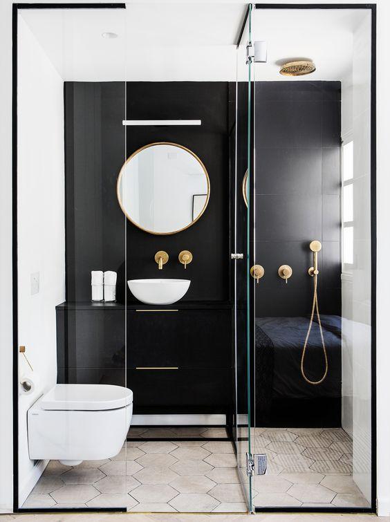 luxurious apartment bathroom