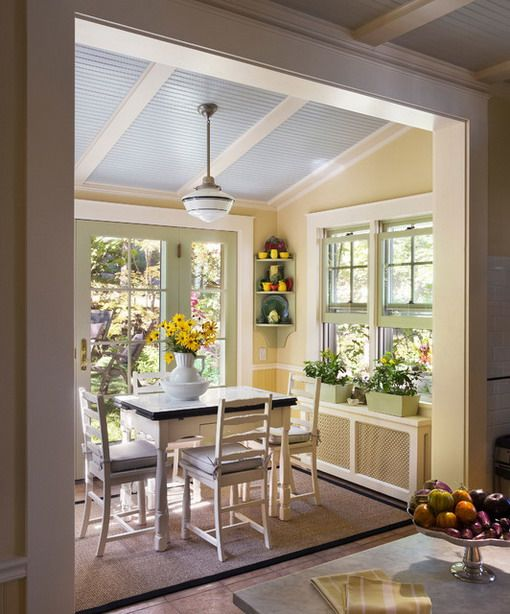 romantic farmhouse dining room