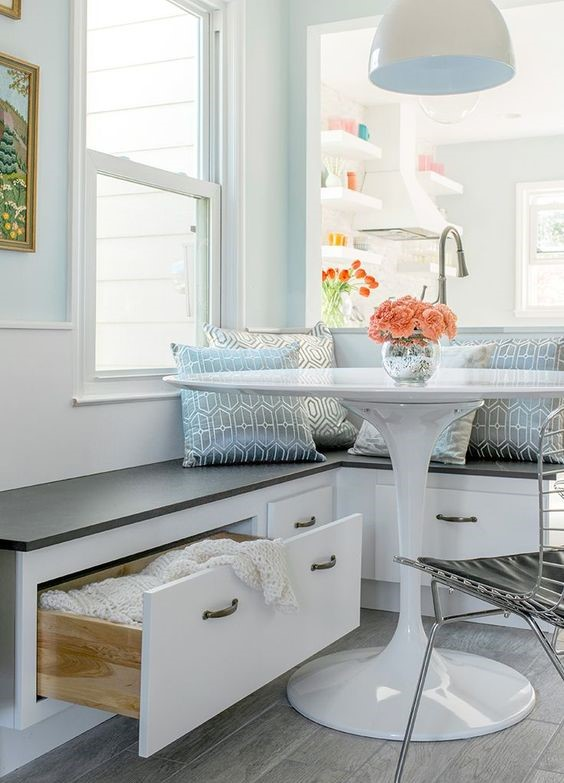 breakfast nook storage