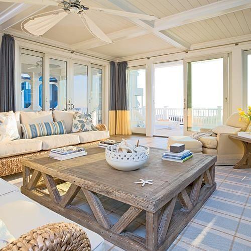 beachhouse family room