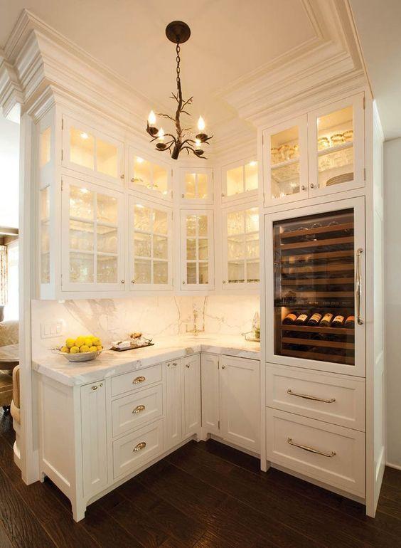 elegant butlers pantry