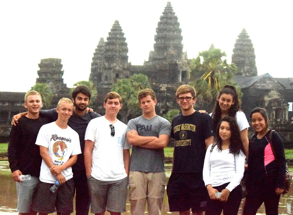 Group photo at Angor Wat