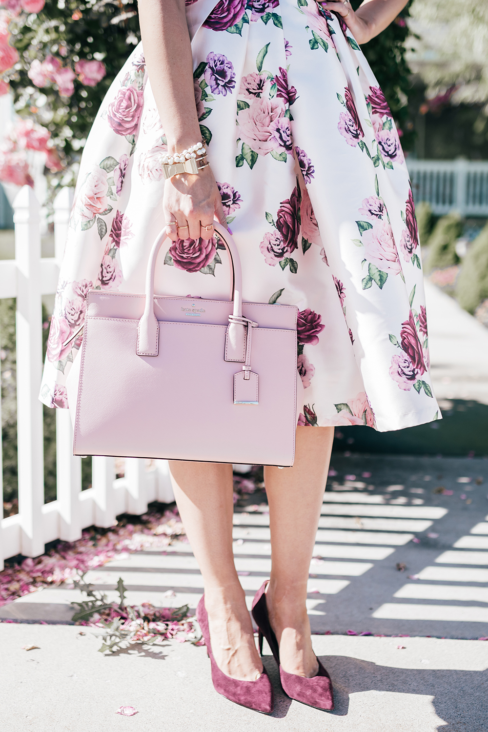 Solid Color Purse with Solid color heels complement the Floral Patterns!