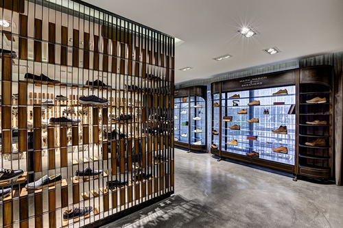 zemberek-design-skechers-showroom-istanbul-viventium-design-zachary-kraemer-four.jpg