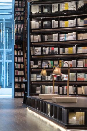 zhongshuge-bookstore-viventium-design-zachary-kraemer-13.jpg