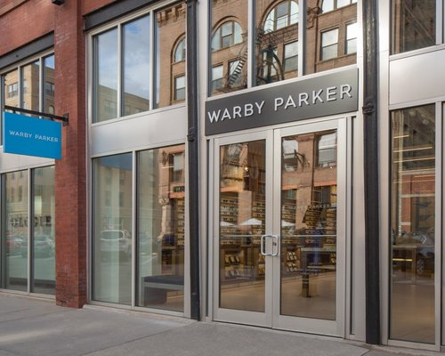 viventium-zac-kraemer-warby-parker-milwaukee-retail-design-pop-up-3.jpg