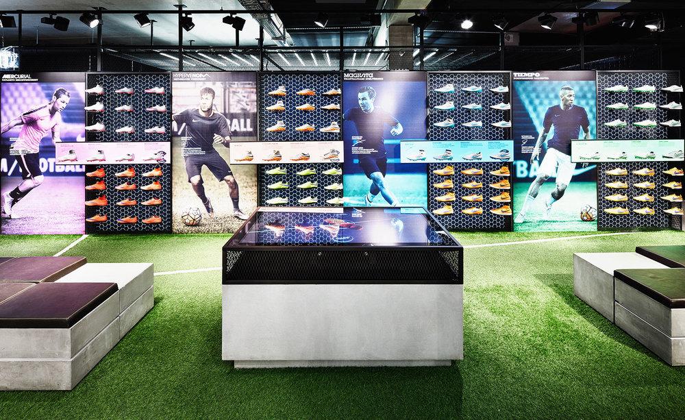 viventium-design-zac-kraemer-nike-bootroom-retail-design-1.jpg