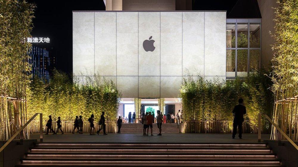 viventium-design-zac-kraemer-apple-macau-retail-experience-design-2.jpg
