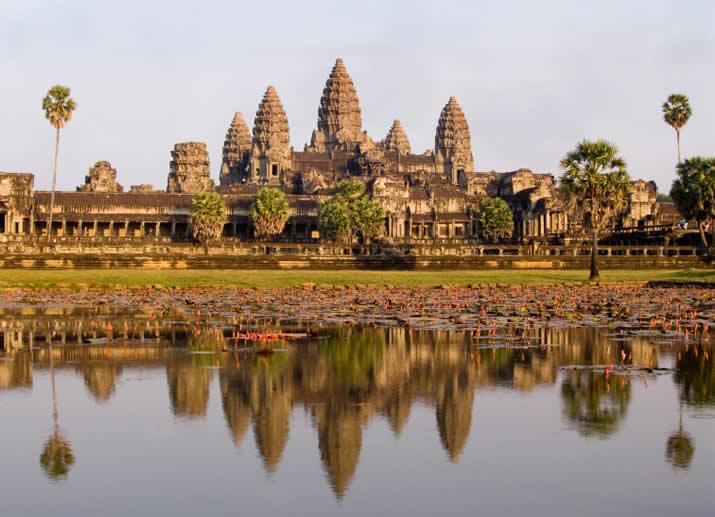 cambodia_angkor-wat_majesty[1](1).jpg
