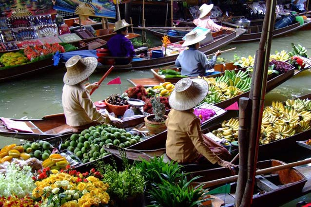 floating-market-thailand---123rf-117770830.jpg