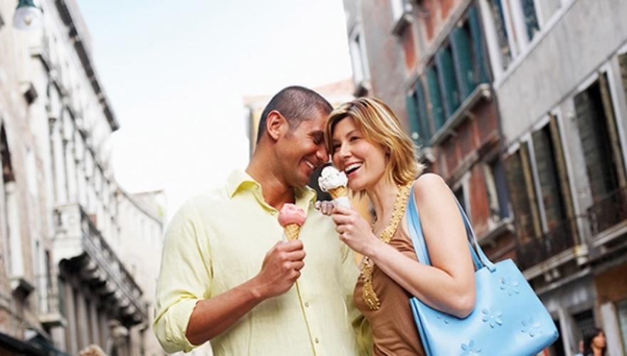 gelato-couple-770.jpg