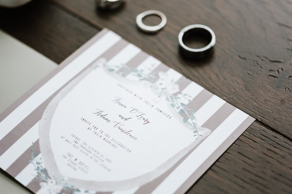 Watercolor Wedding Invitation Modern Chic by Vie de Vic | Photo: Annmarie Swift