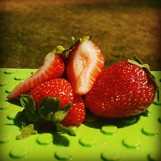 Midsummer everbearing strawbs. Big sweeties.  #seasonsharvest #summerseason #bcfruit #summerfruit #strawberries #bigreds #fresh #tastesbetter #yycfoodie #yycchefs #harvest #bunches #everbearingstrawberries #kelowna #delicious #sweet #juicey