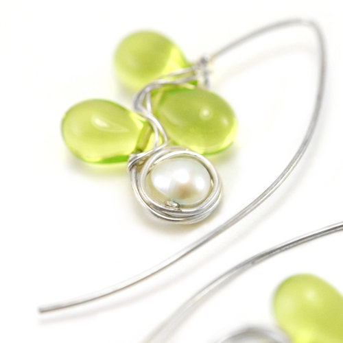 Wire Wrapped Vintage Green Glass Flower Drops with White Pearls ...