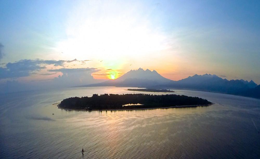 Sunrise view over Gili Meno