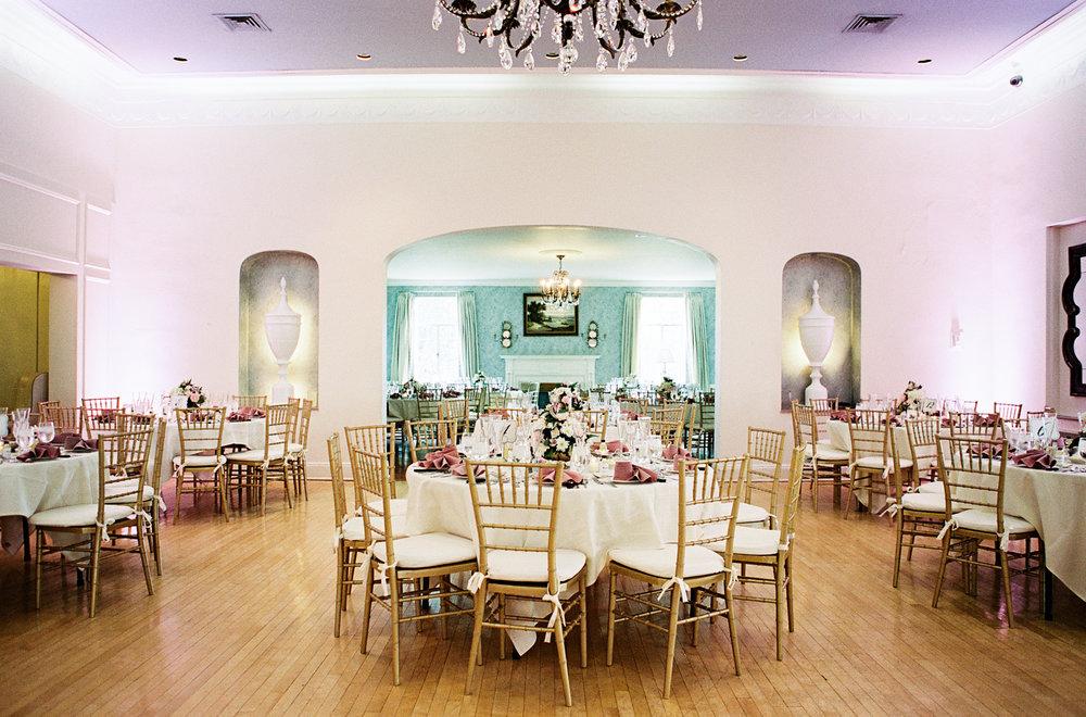 Williams_Country_Club_Wedding_WV_Annalaero_photography_4.jpg