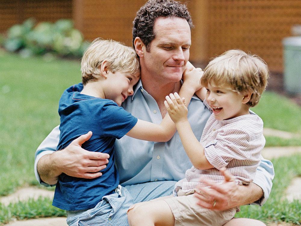 Pittsburgh_Pennsylvania_Best_Motherhood_Family_Photographer_Best_Film_-6.jpg
