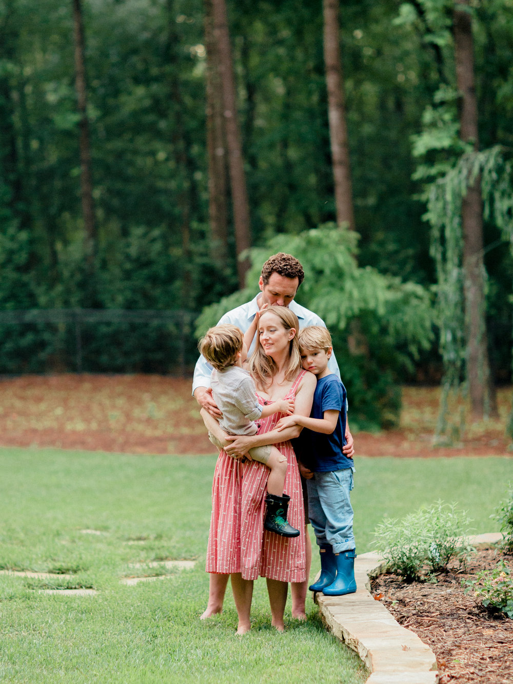Pittsburgh_Pennsylvania_Best_Motherhood_Family_Photographer_Best_Film_-13.jpg