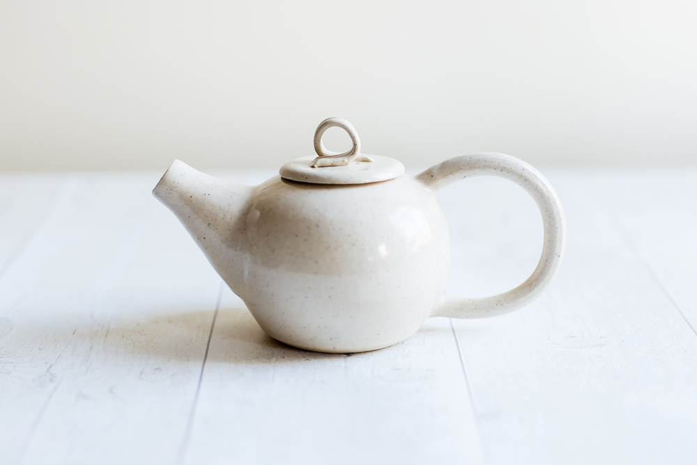 Creamy Speckle Teapot