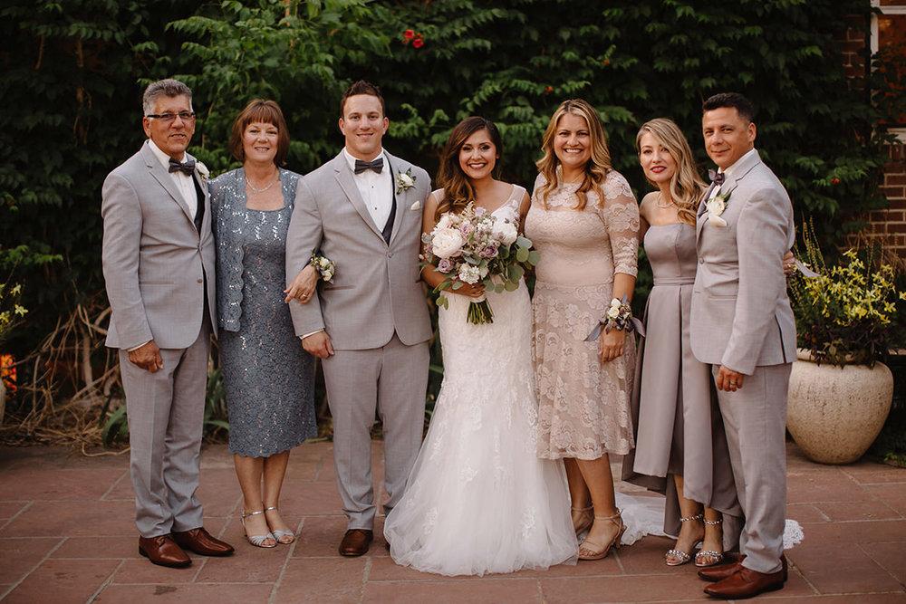 liz osban wedding family photos 5.jpg