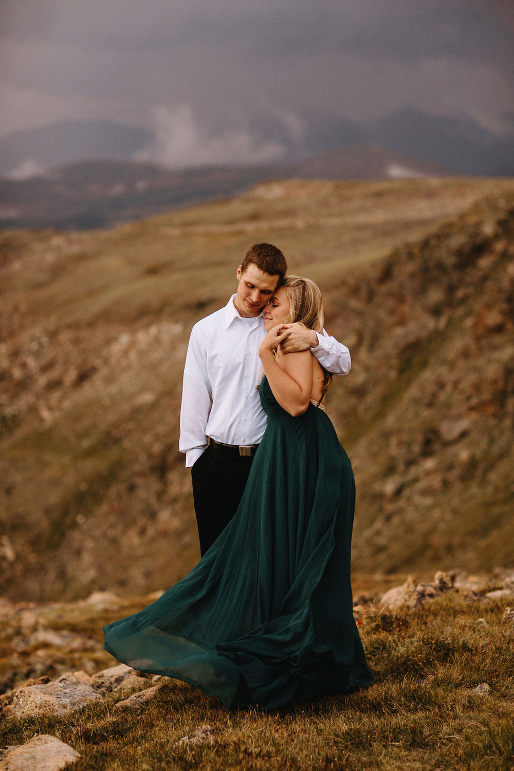Rocky Mountain Engagement National Park Engaged Photos Wedding Elopement Portrait Mountains Trail Ridge Rd Peak Alpine Dress Lulus Rules Permit Photo Adventure Love Couples Destination Liz Osban photography Cheyenne Wyoming14.jpg
