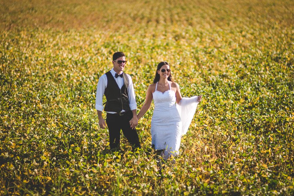 maxi-oviedo-trash-the-dress-rosario-argentina-fotografo-de-bodas-fotografo-de-casamiento-arroyo-seco-san-nicolas-sesion-post-boda-1.jpg