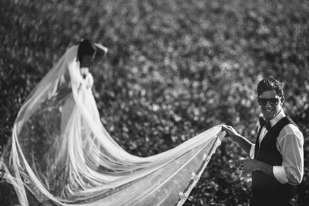 maxi-oviedo-trash-the-dress-rosario-argentina-fotografo-de-bodas-fotografo-de-casamiento-arroyo-seco-san-nicolas-sesion-post-boda-2.jpg