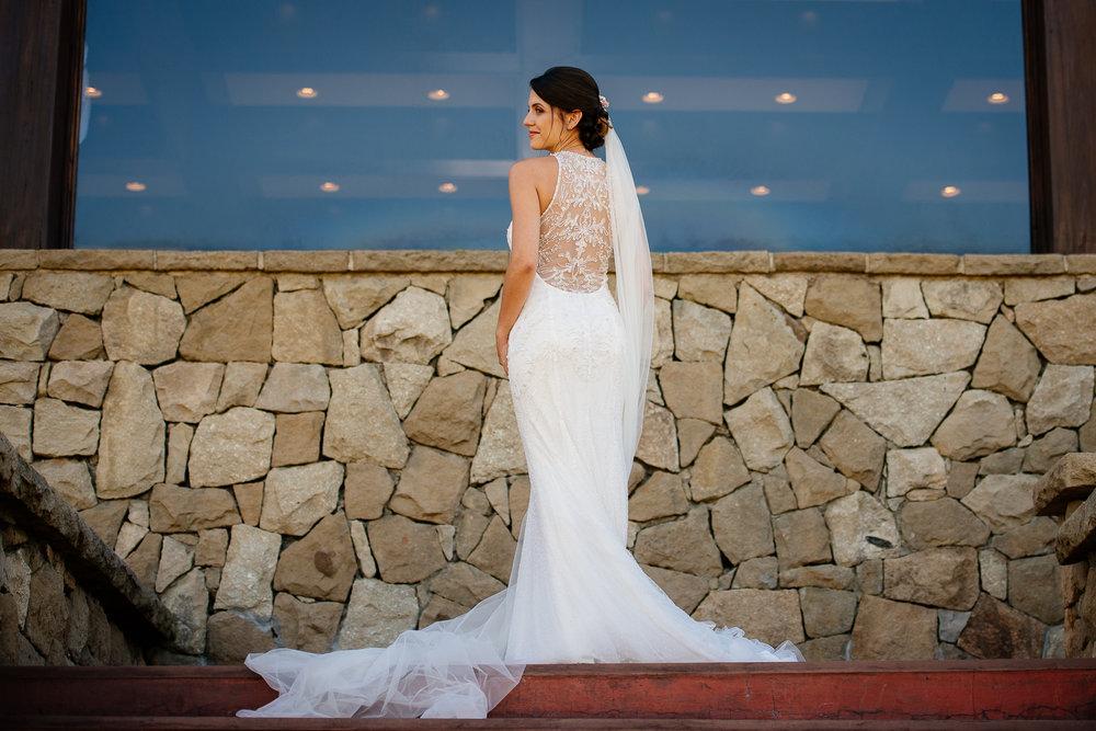 boda-bariloche-maxi-oviedo-fotografo-ramo-vestido-de-novia-20.jpg