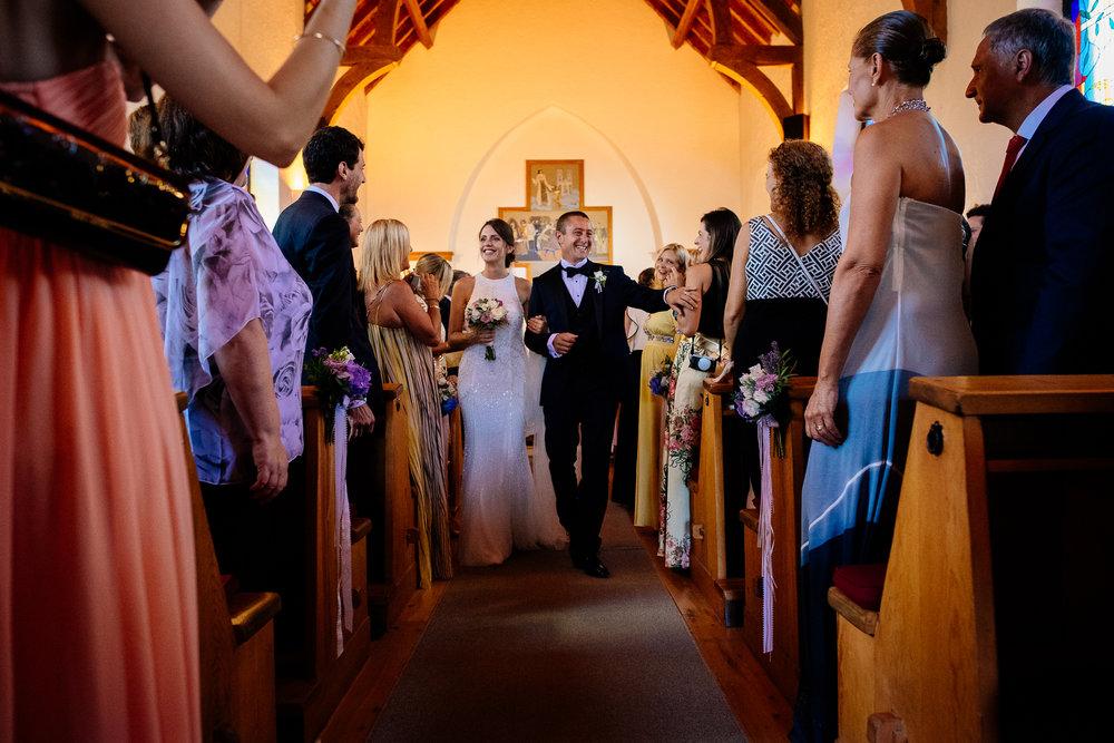 boda-bariloche-maxi-oviedo-fotografo-ramo-vestido-de-novia-40.jpg