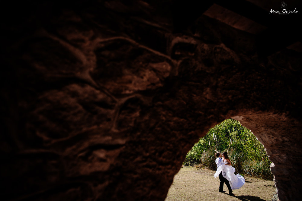 boda sextuple la cumbre cordoba cuchi corral fotografo de bodas fotografo de casamientos rosario san nicolas argentina vestido de novia ramo de novia-12.jpg