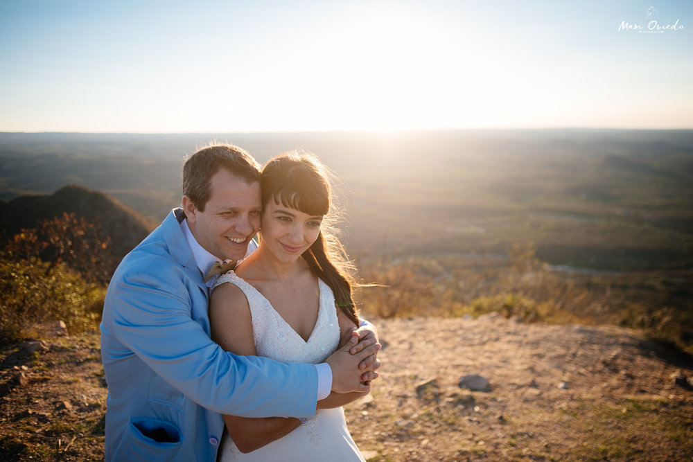 boda sextuple la cumbre cordoba cuchi corral fotografo de bodas fotografo de casamientos rosario san nicolas argentina vestido de novia ramo de novia-32.jpg