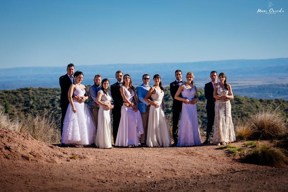boda sextuple la cumbre cordoba cuchi corral fotografo de bodas fotografo de casamientos rosario san nicolas argentina vestido de novia ramo de novia-14.jpg