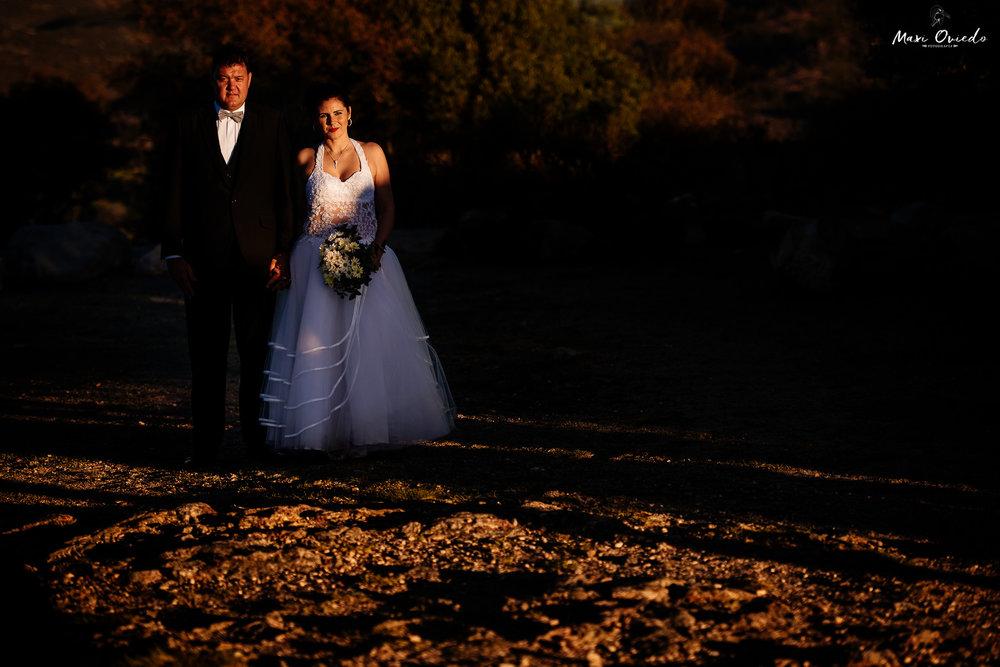 boda sextuple la cumbre cordoba cuchi corral fotografo de bodas fotografo de casamientos rosario san nicolas argentina vestido de novia ramo de novia-30.jpg