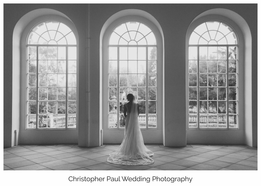 I was lucky enough to shoot Danielle and Neil's wedding at the Orangery in Margam as well as her sister Kelsey at the St Donats Castle. I see so many people twice !