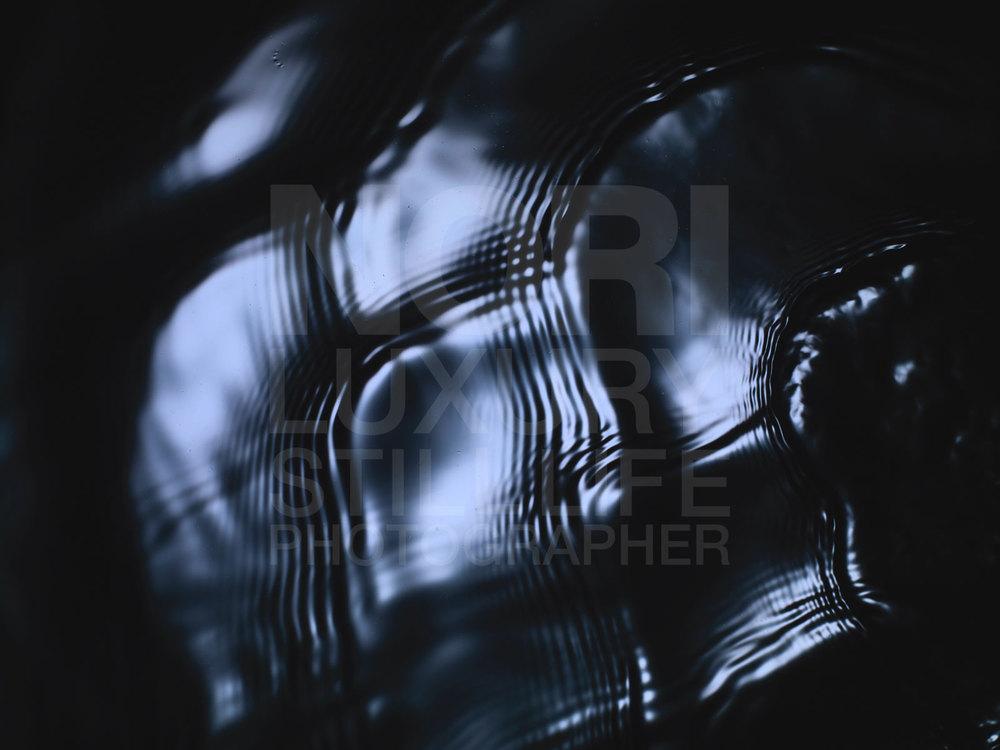 68b_090827_black_wave-107668.jpg