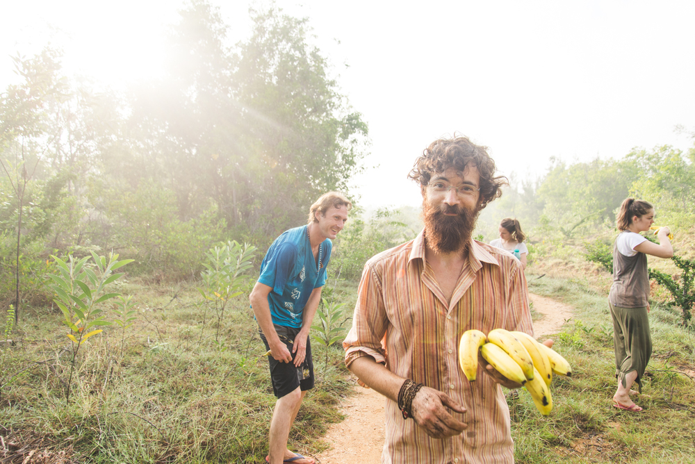 And after a long day in the sun, Laurent decides to take a banana break.