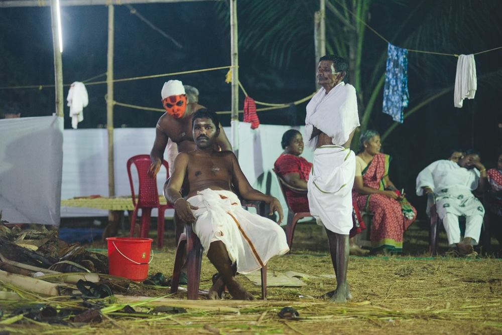 There were 4 acts in this particular performance. The performers of Kunharu Kurathiyamma wait their turn.