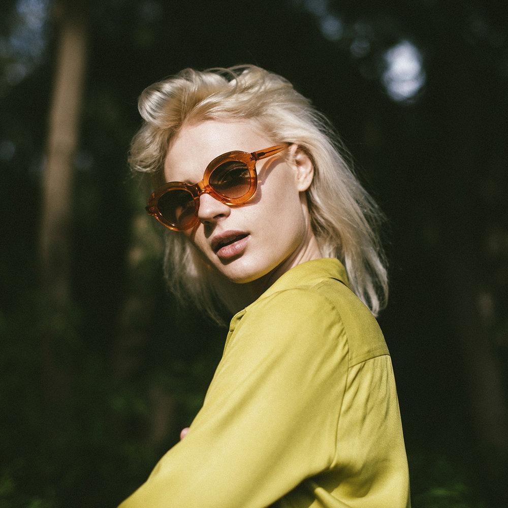 1. Lips Orange - Close - Folc eyewear.jpg