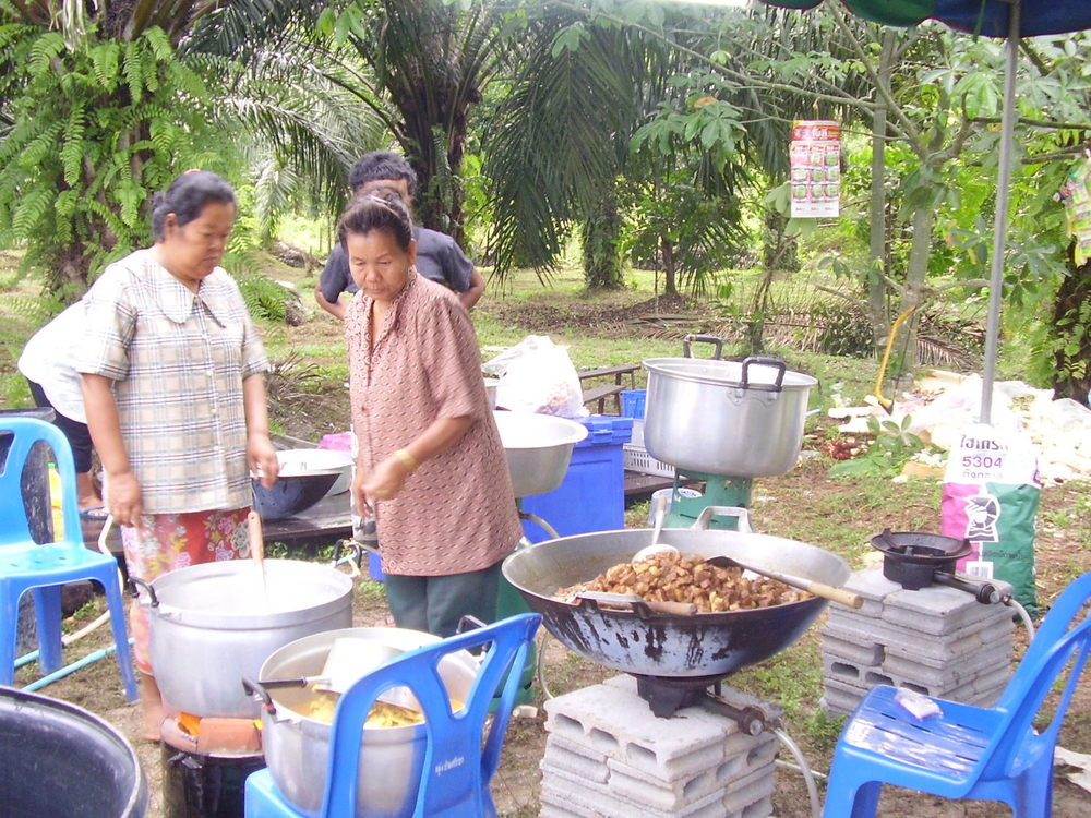 Pic: Wedding party food preparation by the ladies of the village (Kapong District, Phang-Nga)