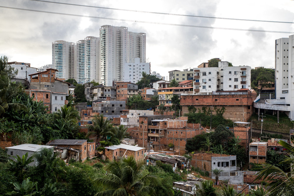 Despite existing since the seventies, Saramandaia nonetheless remains invisible and stigmatised in the eyes of the 'formal' city. The Linha Viva project is a clear example of this.