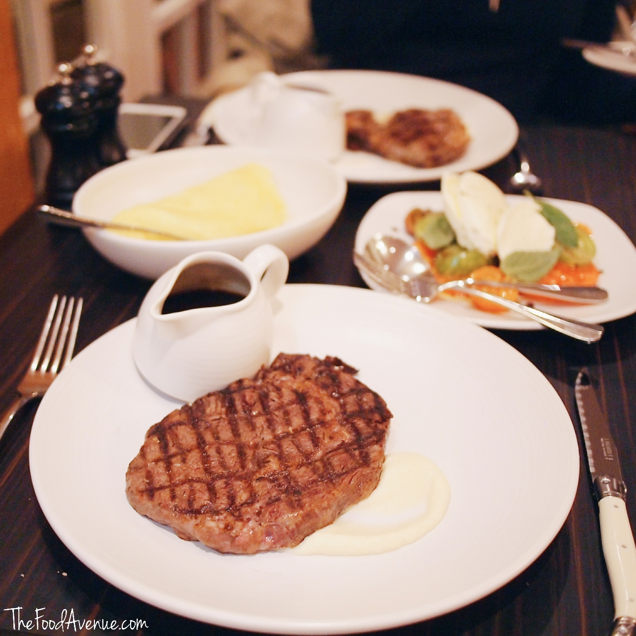 The_Food_Avenue_chifley_bar_grill