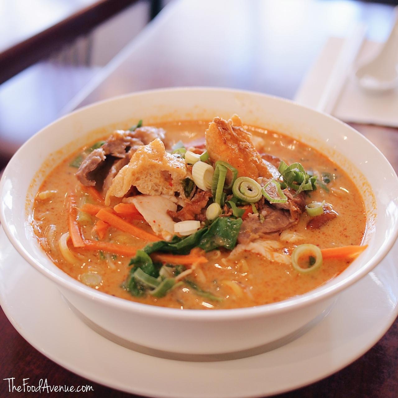 The_Food_Avenue_noodle_cafe_laksa