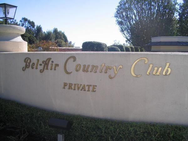 Bel Air Country Club (image via travelblog.com)