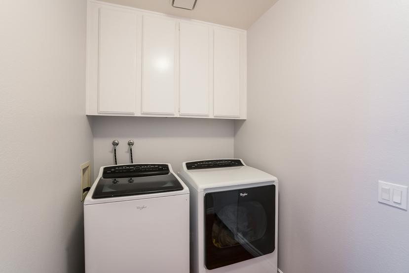 042-Laundry_Room-3717860-small.jpg