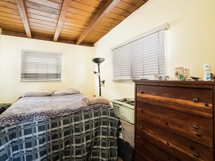 022-Master_Bedroom-3736789-small4x3.jpg